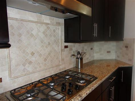 2x4 Tile Backsplash : Tampa Sarasota St