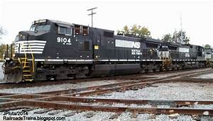 RAILROAD Freight Train Locomotive Engine EMD GE Boxcar ...