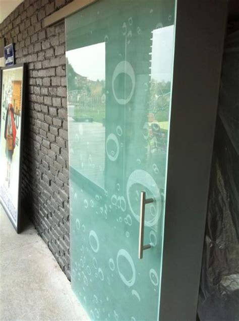 porte de bureau en verre portes en verre coulissantes atelier du verre créations
