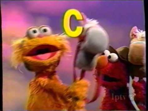 In this full episode, elmo and zoe are playing the healthy food game! Sesame Street - Elmo and Zoe Play Cowboy - YouTube