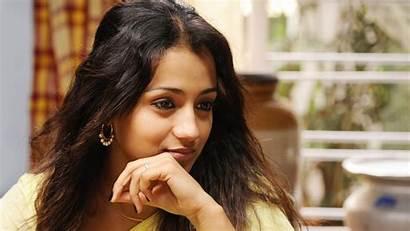 Trisha Actress Wallpapers