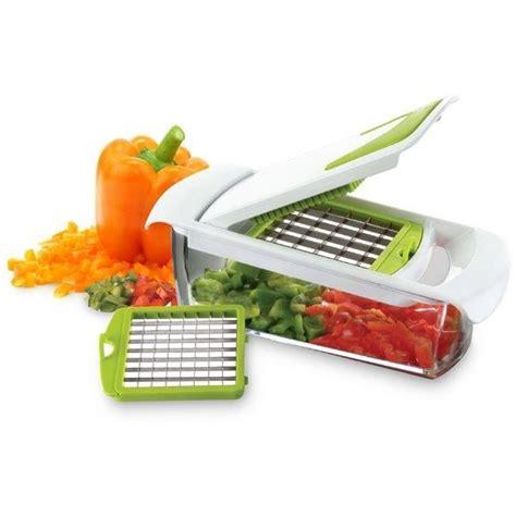 une mandoline en cuisine coupe légumes avec bac récupérateur achat vente