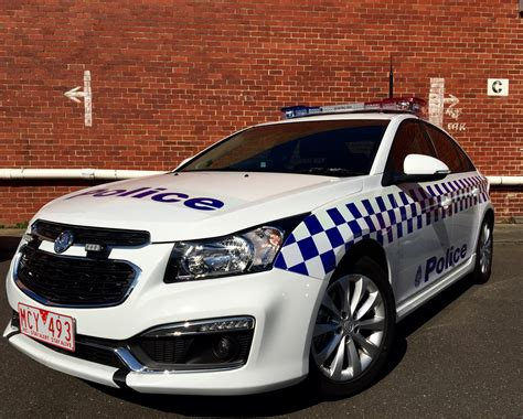 Holden Car : Holden Cruze Takes On Police Car Duties In Australia