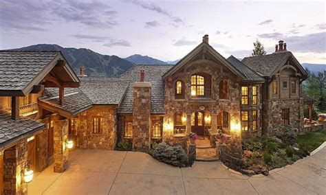 Opulent Mansions by Most Opulent Homes Currently On The Us Market