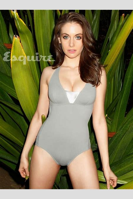 Alison Brie Sexy Photos - Alison Brie from Mad Men Hot ...