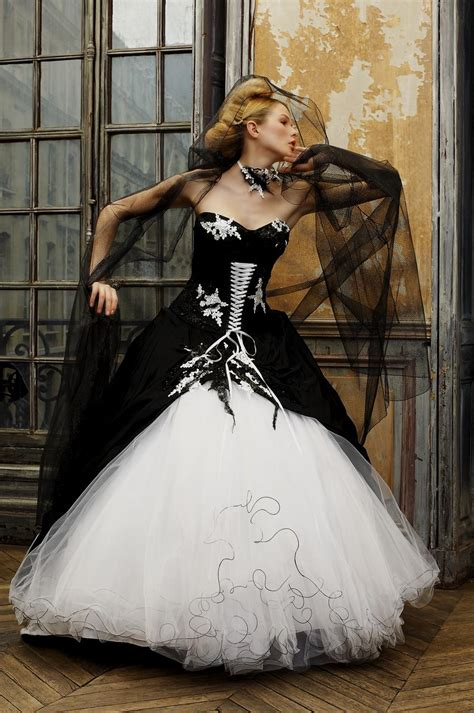 black and white corset wedding dress www pixshark images galleries with a bite