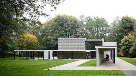 rietveld pavilion at the kr 246 ller m 252 ller sculpture garden