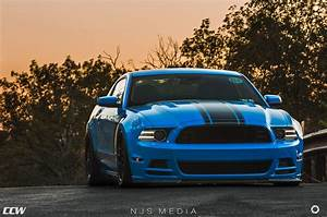 Grabber Blue Ford Mustang Boss 302 - CCW Classic Forged Wheels