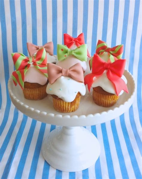 30 Wonderful Cupcake Ideas 237 Que 25 Best Ideas About Bow Cupcakes On Baby