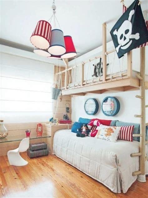 chambre de pirate décoration de chambre thème pirate momes