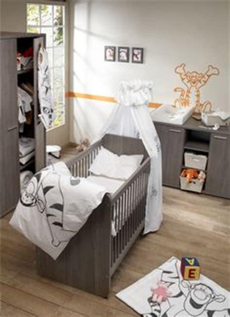 décoration chambre bebe tigrou