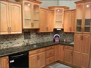 only best 25 ideas about honey oak cabinets on pinterest With kitchen cabinet trends 2018 combined with glass plate wall art