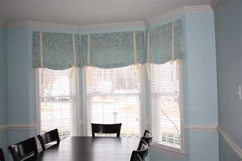 Half Window Curtains Ideas   HomesFeed