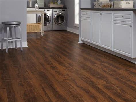 flooring laminate kitchen hgtv floor linoleum floors kitchens room essentials laundry dream rooms options hardwood diy pros cons liquidators lumber