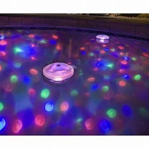 Lampe De Piscine : clairage piscine 56 id es et conseils pour la sublimer ~ Premium-room.com Idées de Décoration