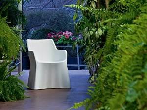 Fauteuil Plastique Jardin : fauteuils de jardin faites le bon choix ~ Teatrodelosmanantiales.com Idées de Décoration