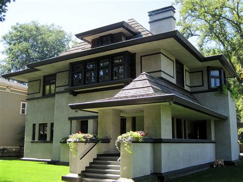 A Walking Tour Of Frank Lloyd Wright's Oak Park