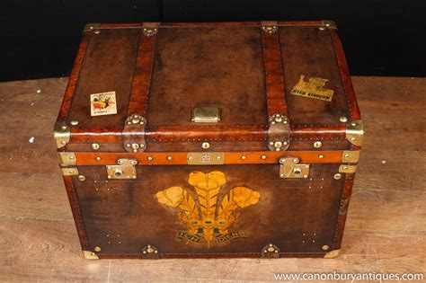 leather steamer trunk coffee table single victorian steamer trunk leather box case coffee
