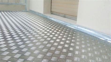 Fußboden Für Balkon by Balkonbodenbelag W 228 Rmed 228 Mmung Der W 228 Nde Malerei