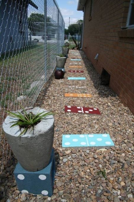 zero landscape ideas 1000 images about small side yard sles on pinterest side yards sidewalk ideas and paths