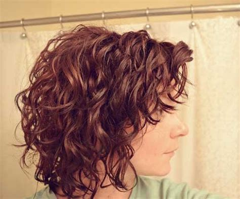 25 Short Haircuts For Curly Wavy Hair