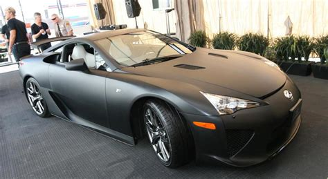 lfa lexus black matte black lexus lfa makes us debut extravaganzi