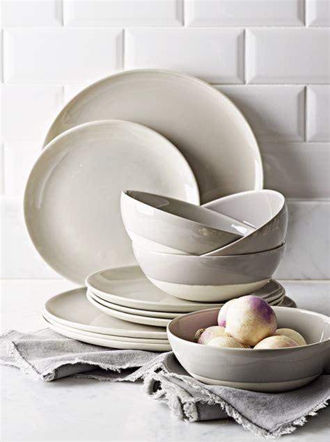 plates dinner grey dip pick glaze