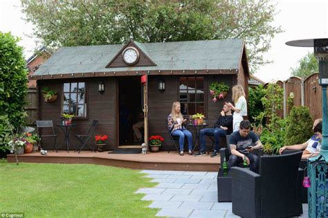 shed pubs shed of the year 2014 winner is solar powered eco shack