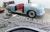 Porsche celebra sus 70 años con una réplica a escala real ...