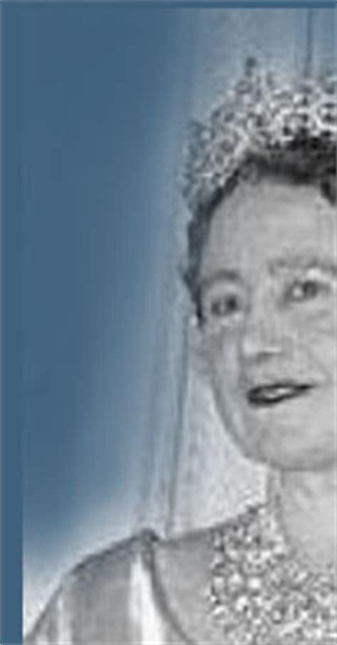 queen mothers juwel casket tiara