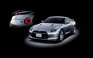Car Automobile World: pics of Nissan GTR car