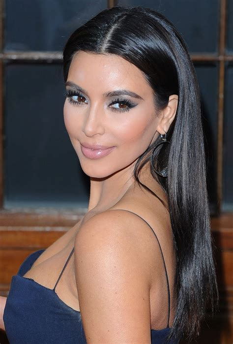 Kim Kardashian Profile And Latest Pictures 2013 Its All