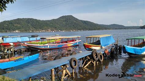 Taman mini indonesia indah merupakan tempat wisata yang berada di jakarta. Wisata Waduk Darma Kuningan - Tempat Wisata Indonesia