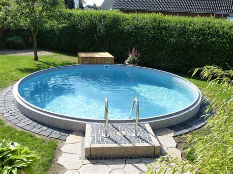 Runder Pool Im Garten by Poolakademie De Bauen Sie Ihren Pool Selbst Wir Helfen
