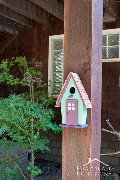 simple backyard decorating ideas paint  birdhouse