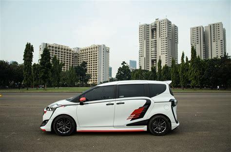 Modifikasi Toyota Sienta by Inspirasi Modifikasi Toyota Sienta Bergaya Sporty Dan