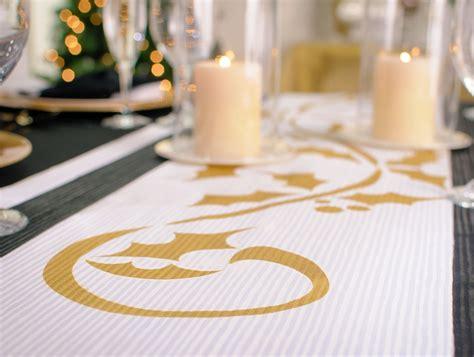 Colorshot Diy Holiday Table Runner And Napkins