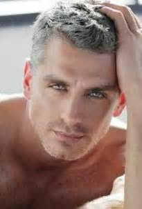 Short Hairstyles for Men with Gray Hair