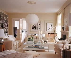 Schöner Wohnen Tapeten Wohnzimmer : wei e einrichtung mit einem hauch luxus wohnzimmer sch ner wohnen we heart it room ~ Markanthonyermac.com Haus und Dekorationen