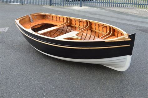 Buy A Boat Home by The 25 Best Wooden Boats Ideas On Chris Craft