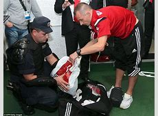 Serbian police searched the bags of Albanian players for