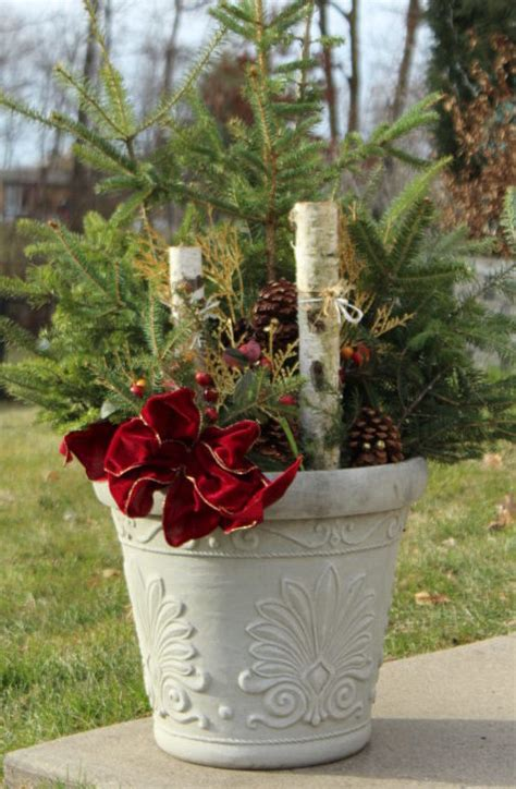 cheap outdoor diy christmas decoration    family