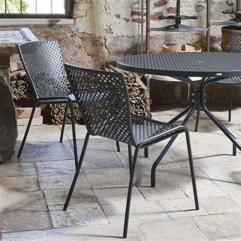 tavoli e sedie da giardino in ferro tavoli in ferro battuto da giardino usati con tavolo e