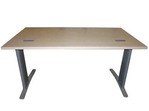 bureau bois occasion bureau bois clair occasion 140x80 adopte un bureau