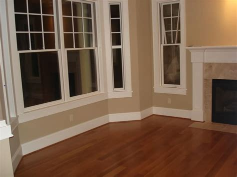 color im painting  living room trim   home  cream  floors  pretty