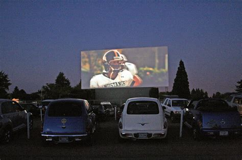 drive movie theaters theater watching chicago ins tennessee things franklin flickr movies theatre cars market oregon walla cascade tn park