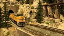 Wonderful US model railroad layout in HO scale - YouTube