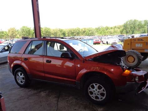 Buy 03 Saturn Vue Chassis Ecm Body Control Bcm Center Dash