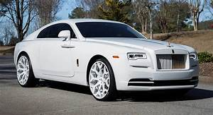 Rolls Royce Wraith : feel free to call this rolls royce wraith 39 snow white 39 carscoops ~ Maxctalentgroup.com Avis de Voitures