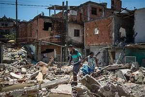 Rio At Home : brazil favela maracana demolition ~ Lateststills.com Haus und Dekorationen